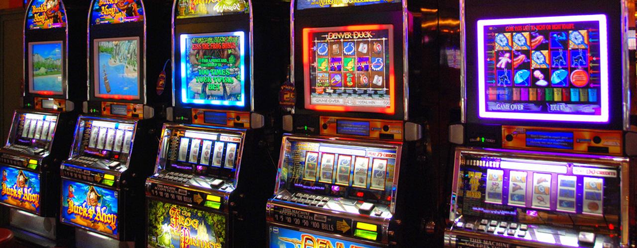 ผลการค้นหารูปภาพสำหรับ เกม สล็อต แมชชีน (Slot Machine)